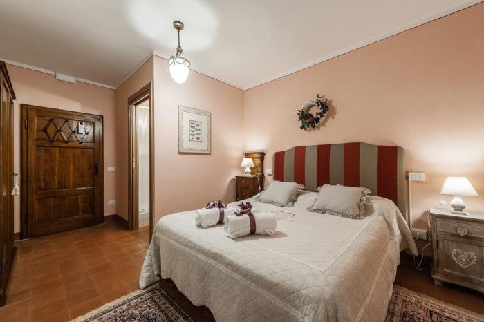 Casa Della Biancheria Navacchio.Suite Con 2 Camere Da Letto Giardino Della Pieve Relais